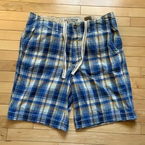 Men's Abercrombie & Fitch shorts, size 36